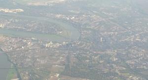 Düsseldorf von oben - mit der Marathon-Strecke im Überblick